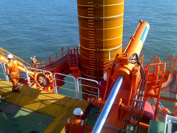 Controlling 70 Ton Gripper Arms For Offshore Wind Turbine