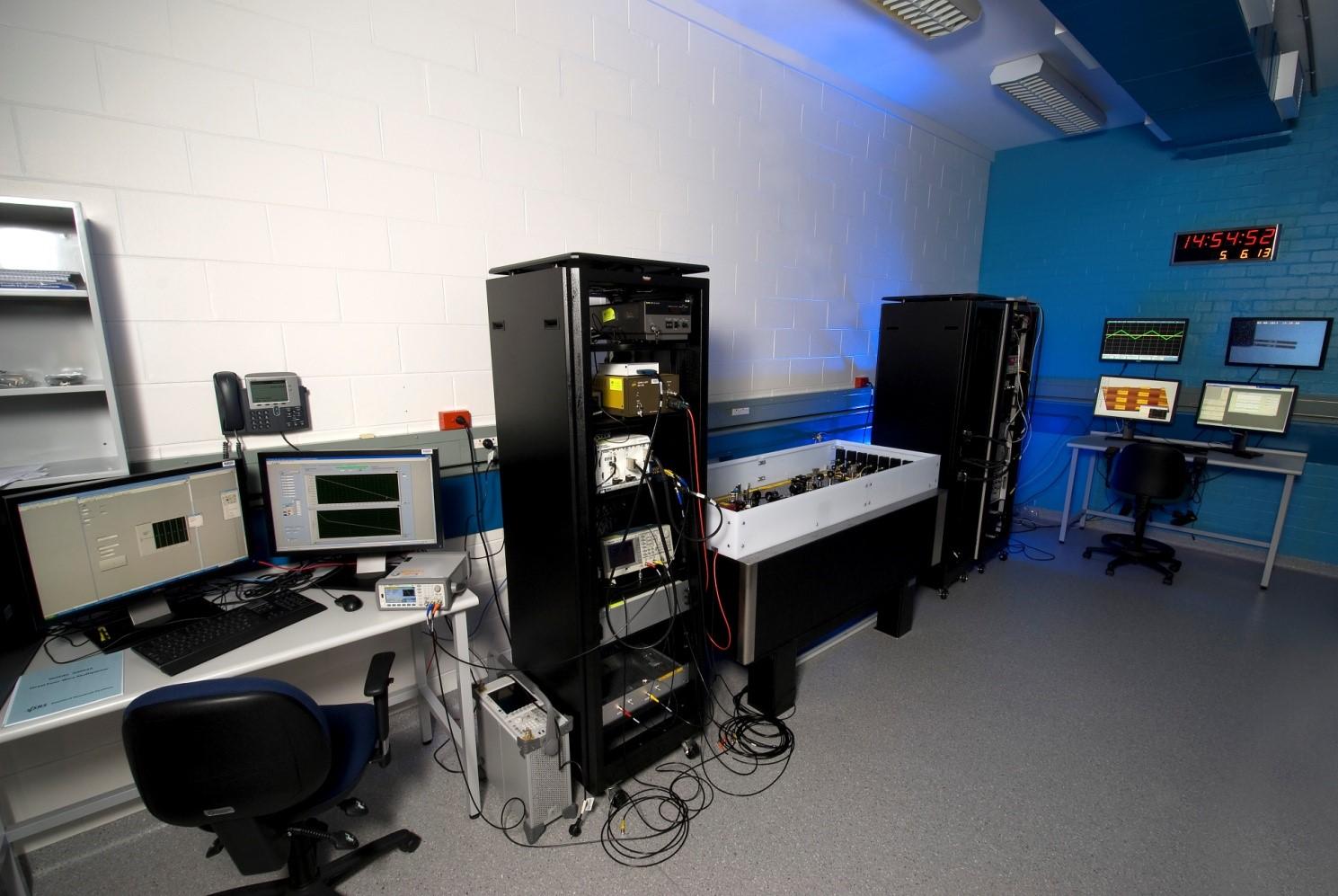 Mspm a fundamental tool for nanoscience and for Room setup tool